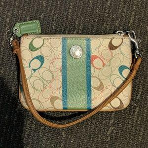 Coach wrislet/wrist wallet